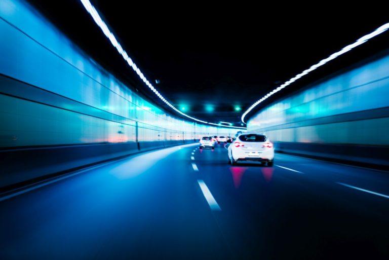 Perché non manteniamo la destra in autostrada?